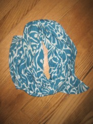 scarf_blue patterned